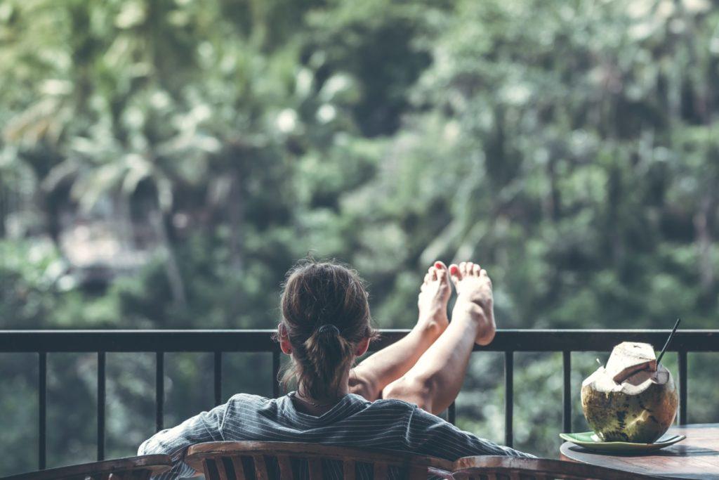 足のむくみを解消する方法:むくみの原因は?